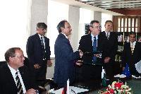 Visite d'Andris Piebalgs, membre de la CE, au Pakistan