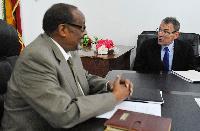 Visite d'Andris Piebalgs, membre de la CE, au Somaliland