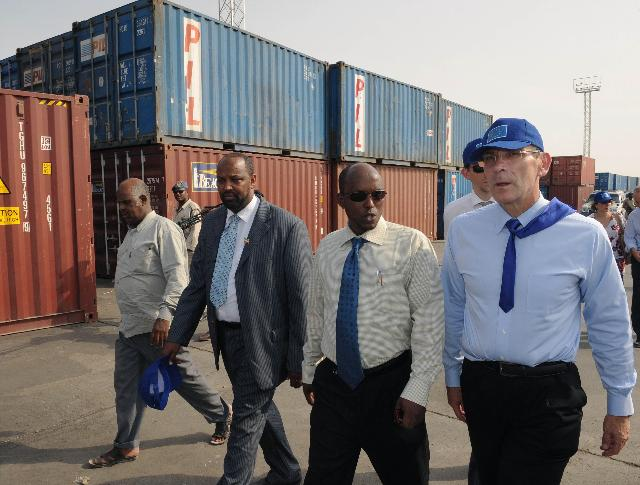 Visit of Andris Piebalgs, Member of the EC, to Somaliland