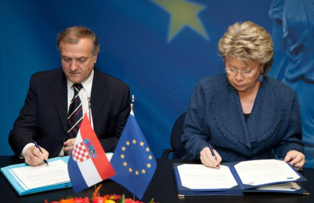 Signing of a Memorandum of Understanding to support training of judges and prosecutors in Croatia