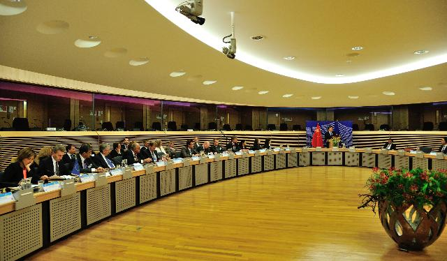 Participation of José Manuel Barroso, President of the EC, in the EU/China High Level Meeting on Energy