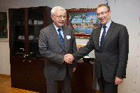 Visit of Paul Frix, acting Director of the Centre for the Development of Enterprise, to the EC