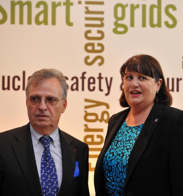 Participation of Máire Geoghegan-Quinn, Member of the EC, at the Open Day of the Joint Research Centre of Ispra