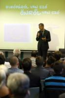 Dialogue avec les citoyens à Györ avec László Andor