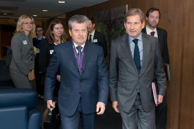 Visite de Sergey Vakhrukov, gouverneur de l'oblast de Iaroslavl, à la CE