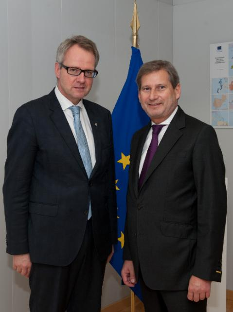 Visit of Han Polman, Commissioner of the King of the Netherlands in Zeeland, to the EC