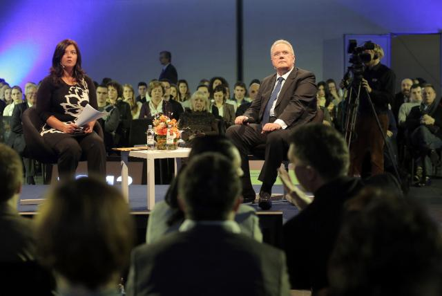 Citizens' Dialogue in Zagreb with Neven Mimica