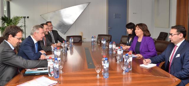 Visite de Zhanar Aitzhanova, ministre kazakhe de l'Intégration économique, à la CE