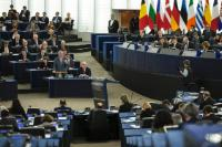 Speech by Jean-Claude Juncker, standing, in the presence of Martin Schulz, President of the EP, 2nd from the right, and, from left to right, in the 1st row: Frans Timmermans, First Vice-President of the EC in charge of Better Regulation, Inter-Institutional Relations, the Rule of Law and the Charter of Fundamental Rights,  in the 2nd row: Kristalina Georgieva, Vice-President of the EC in charge of Budget and Human Resources, and Andrus Ansip, Vice-President of the EC in charge of Digital Single Market, in the 3rd row: Maroš Šefčovič, Vice-President of the EC in charge of Energy Union, Valdis Dombrovskis, Vice-President of the EC in charge of the Euro and Social Dialogue, and Jyrki Katainen, Vice-President of the EC in charge of Jobs, Growth, Investment and Competitiveness, in the 4th row: Günther Oettinger, Member of the EC in charge of Digital Economy and Society, Neven Mimica, Member of the EC in charge of International Cooperation and Development,  Miguel Arias Cañete, Member of the EC in charge of Climate Action and Energy, and Dimitris Avramopoulos, Member of the EC in charge of Migration, Home Affairs and Citizenship, in the 5th row: Christos Stylianides, Member of the EC in charge of Humanitarian Aid and Crisis Management, Phil Hogan, Member of the EC in charge of Agriculture and Rural Development, and Jonathan Hill, Member of the EC in charge of Financial Stability, Financial Services and Capital Markets Union, in the 6th row: Vĕra Jourová, Member of the EC in charge of Justice, Consumers and Gender Equality, Tibor Navracsics, Member of the EC in charge of Education, Culture, Youth and Sport, and Corina Creţu, Member of the EC in charge of Regional Policy, in the 7th row: Martin Selmayr, Head of cabinet of Jean-Claude Juncker, Clara Martinez Alberola, Deputy Head of cabinet of Jean-Claude Juncker, Telmo Baltazar, Political Adviser to the cabinet of Jean-Claude Juncker, and Michelle Sutton, Deputy Head of cabinet of Frans Timmermans