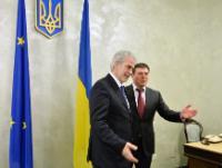 Hennadiy Zubko, premier chef adjoint de l'administration présidentielle de l'Ukraine, à droite, et Christos Stylianides