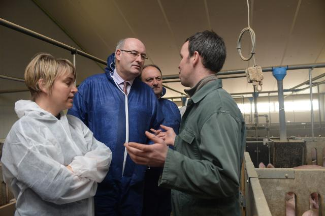 Visit of Phil Hogan, Member of the EC, to the Belgian farms