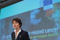 Conférence de presse de Marianne Thyssen , membre de la CE sur la révision de la directive sur les agents cancérigènes et mutagènes