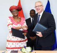 Signing of a financial agreement to support Health programms between the EU and Burkina Faso