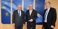 Visite de Jean-Pierre Raffarin, membre du Sénat français et ancien Premier ministre français, et Pierre Lequiller, membre de l'Assemblée nationale française, à la CE