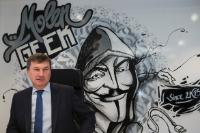 Visit of Andrus Ansip, Vice-President of the EC, to MolenGeek, a coworking space, in the center of Brussels' Molenbeek