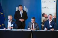 Participation de Maroš Šefčovič et Carlos Moedas, membres de la CE, à la cérémonie de signature Northvolt InnovFin EDP