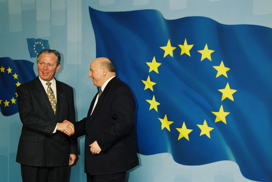 Visit of Józef Olesky, Polish Prime Minister, to the EC