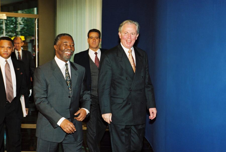 Visite de Thabo Mbeki, vice-président de l'Afrique du Sud, à la CE