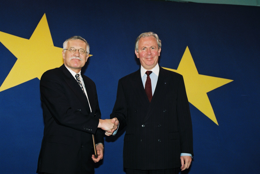 Visit of Václav Klaus, Czech Prime Minister, to the EC