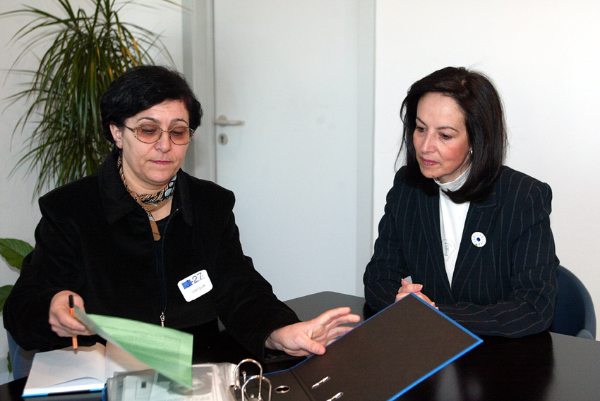 Visit of Mina Ahadi, Coordinator of the International Committee against Stoning, to the EC
