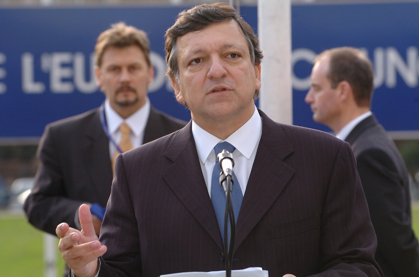 Participation of José Manuel Barroso, President of the EC, to the ceremony of the 50th anniversary of the European flag