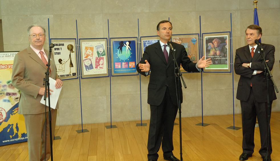 Visit by Salvatore Adamo, singer and Unicef Ambassador for Belgium, to the EC