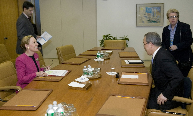 Visit by Benita Ferrero-Waldner, Member of the EC, to the United States