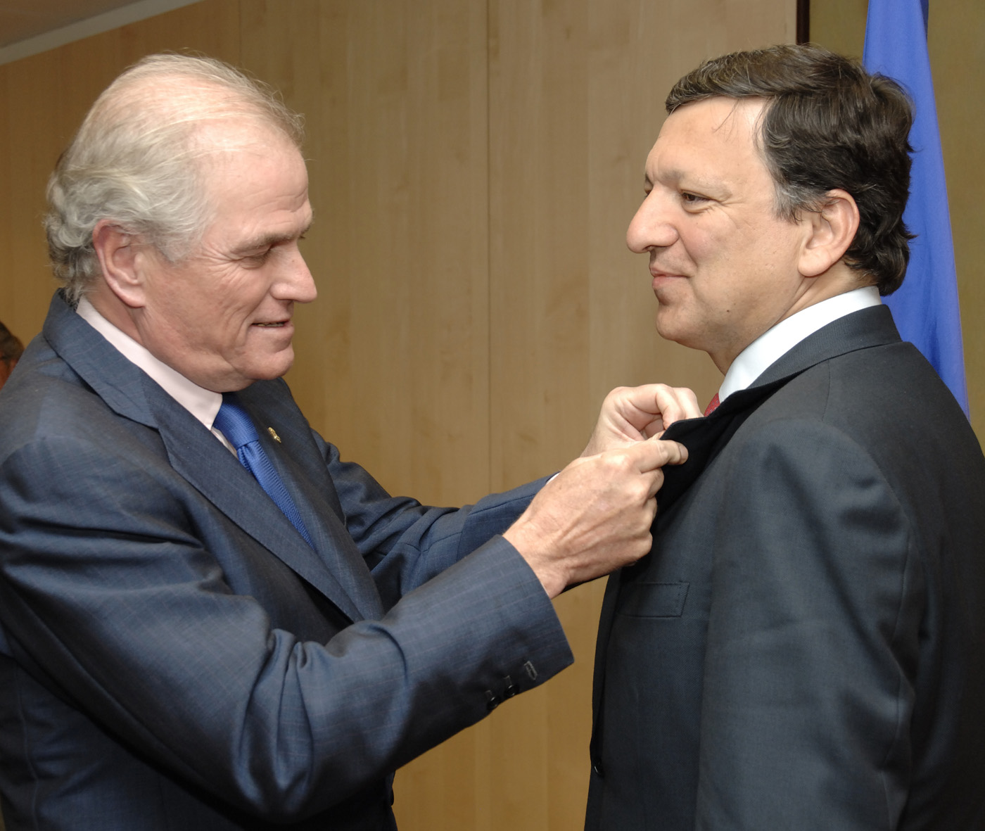 Awarding of Real Madrid's Gold and Diamond Insignia to José Manuel Barroso, President of the EC
