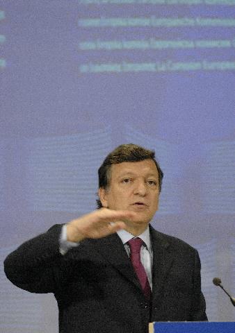 Conférence de presse conjointe de José Manuel Barroso et Louis Michel sur les objectifs du millénaire