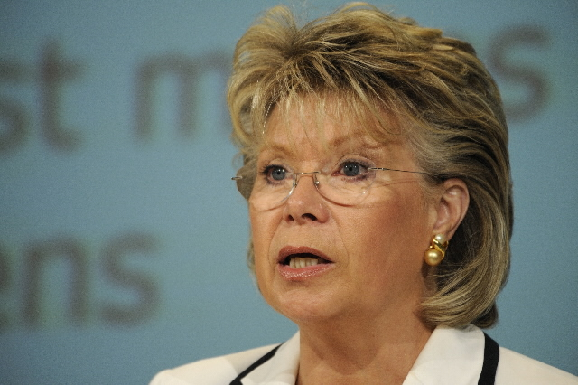 Press conference of Viviane Reding, Member of the EC, on the 112 emergency number