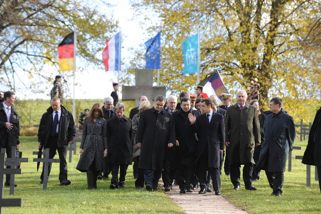 Participation of José Manuel Barroso, President of the EC, in the celebration of the 90th anniversary of the Armistice of 11 November