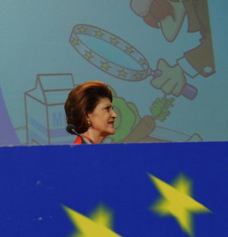 Conférence de presse d'Androulla Vassiliou, membre de la CE, sur le système d'alerte rapide pour les denrées alimentaires