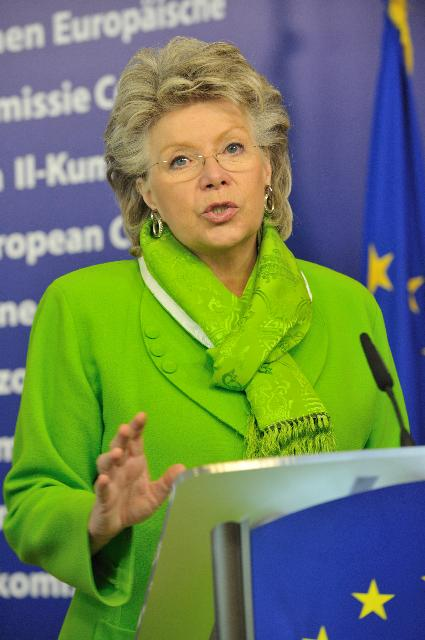 Press conference by Viviane Reding, Vice-President of the EC, on the European Year of Volunteering