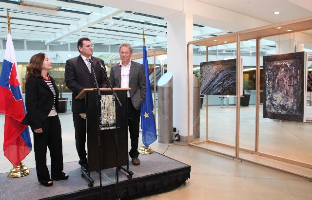 Opening by Maroš Šefčovič, Vice-President of the EC, of the photo exhibition