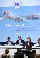 Participation of Connie Hedegaard and Johannes Hahn, Members of the EC, at the Urban Forum 2012