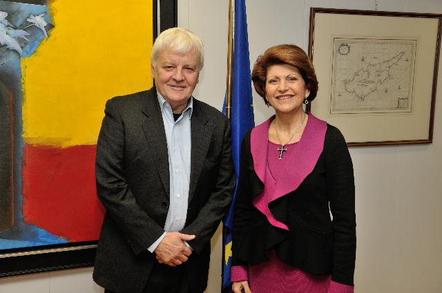 Visit of Jacques Perrin, French actor and producer, to the EC