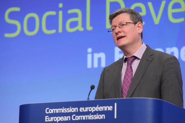 Press conference by László Andor, Member of the EC, on the report
