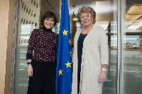 Visit of Marie-Arlette Carlotti, French Minister Delegate for Disabled People and the Fight against Exclusion, to the EC