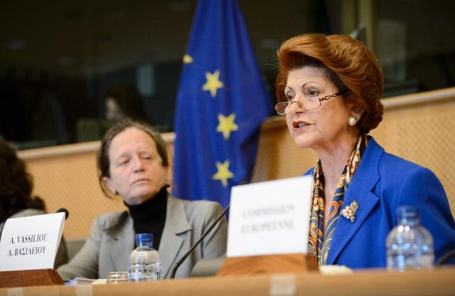 Participation d'Androulla Vassiliou, membre de la CE, à la session de la Commission de l'emploi et des affaires sociales du PE