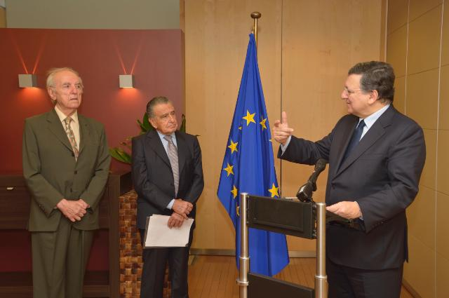 Presentation of the Raoul Wallenberg Centennial Medal to José Manuel Barroso, President of the EC