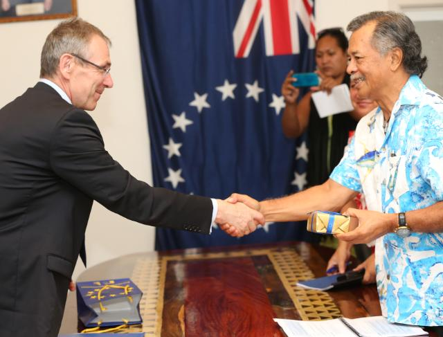 Visit of Andris Piebalgs, Member of the EC, to the Pacific Islands