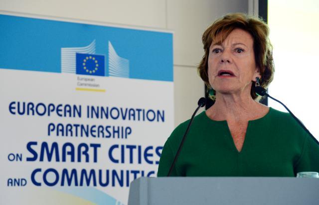 Participation de Neelie Kroes et Günther Oettinger, vice-présidents de la CE, à l'ouverture de la conférence de lancement 'PEI en faveur des villes et communautés intelligentes'