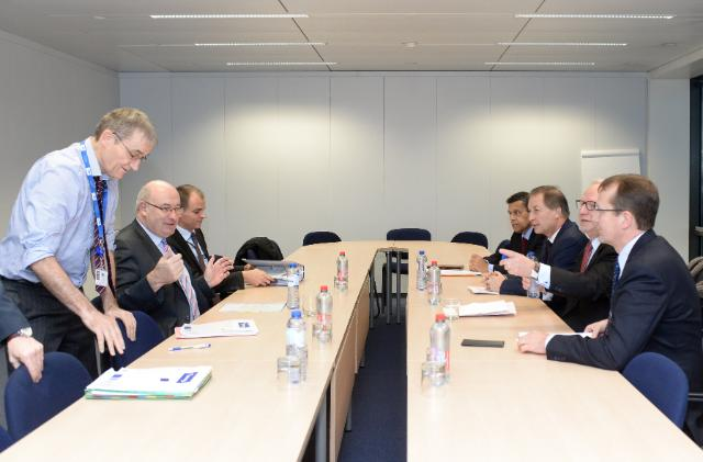 Visit of Albert Jan Maat, President of COPA, Christian Pèes, President of Cogeca, and Xavier Beulin, Vice-President of COPA-Cogeca, to the EC
