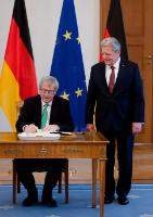 """Illustration of """"Visit of Jean-Claude Juncker, President of the EC, to Germany"""""""