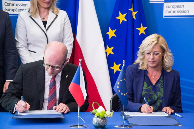 Signature of the operational programme Technical Assistance for the Czech Republic for the 2014-2020 period