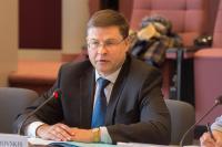 Participation de Valdis Dombrovskis, vice-président de la CE, et Marianne Thyssen, membre de la CE, à la première réunion avec les partenaires sociaux sur le sur le socle européen des droits sociaux