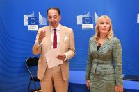 Participation of Elżbieta Bieńkowska, Member of the EC, in the signing ceremony of a Delegation Agreement to the EDA for the Preparatory Action on Defence Research