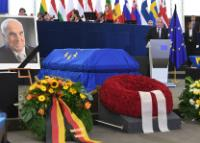 Ceremonies of Honour for Dr. Helmut Kohl, Former Federal Chancellor of the Federal Republic of Germany and Citizen of Honor of Europe