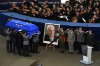 Cérémonies d'hommage pour Dr. Helmut Kohl, ancien Chancelier fédéral de la République fédérale d'Allemagne et Citoyen d'honneur de l'Europe