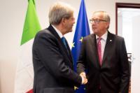 Rencontre entre Paolo Gentiloni, président du Conseil des ministres italien, et Jean-Claude Juncker, président of the EC